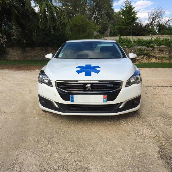 ambulance Laudun-l'Ardoise, transport en ambulance Laudun-l'Ardoise, ambulance 7j/7 Laudun-l'Ardoise